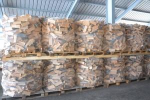 gebündeltes Holz